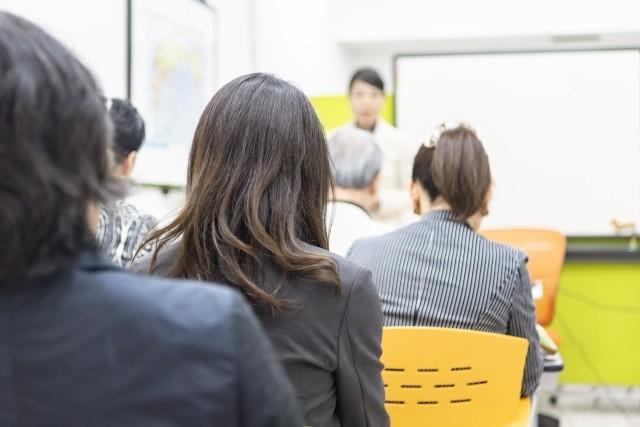 イベントスタッフに応募する二つの方法